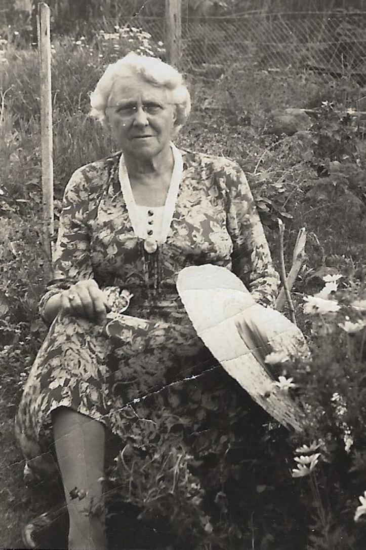 Irene Stoddart (2)